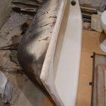 Демонтаж чугунной ванны 5