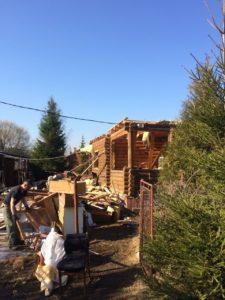 Демонтаж бревенчатого дома в Зеленогорске 5